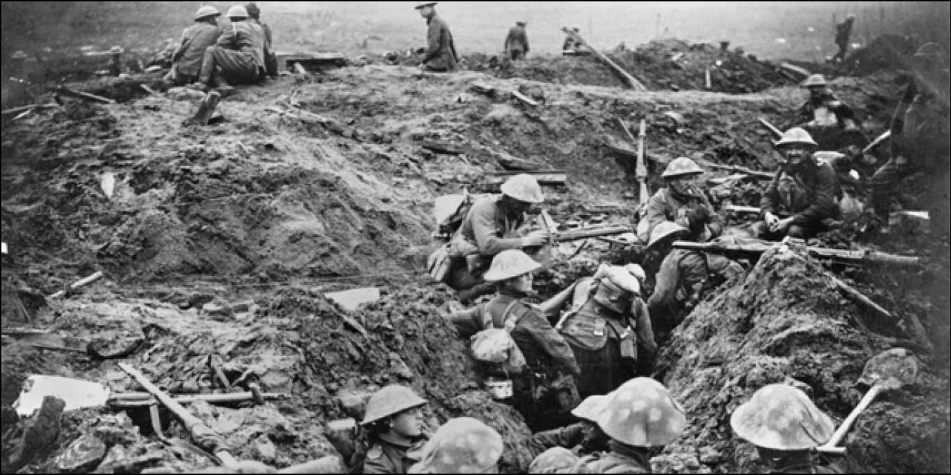 British troops engaged in trench warfare during World War 1